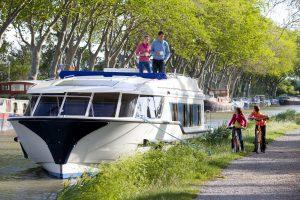 Le Boat: France